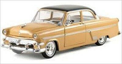 1954 FORD CUSTOMLINE PEACH 1/32 DIECAST MODEL CAR BY ARKO PRODUCTS 05401