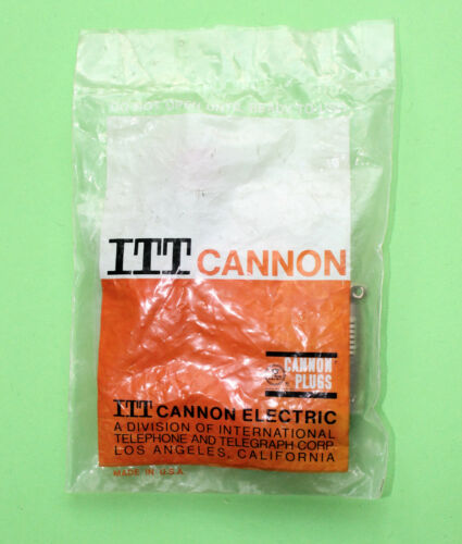 NOS 3 Pin Kabel Halterung Buchse OVP ITT Cannon XLR 3 11C