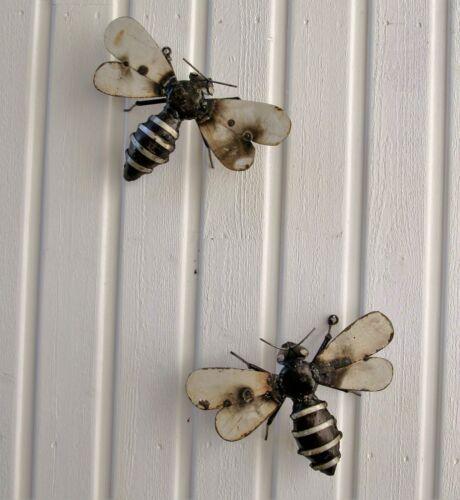 Wall Art Recycled Bumblebee Insect Metal Bee Garden Ornament Sculpture Art