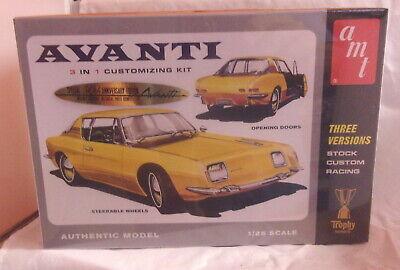 AMT AVANTI 3 in 1 Model Kit 1:25 SEALED 780 STOCK CUSTOM RACING 50TH ANNIVERSARY