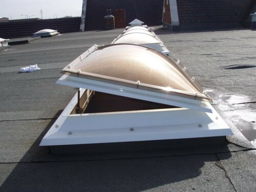 DOME ROOFLIGHT Triple Skin 720mmx720mm C.L.S 65mm Fixing Flange 900mmx900mm