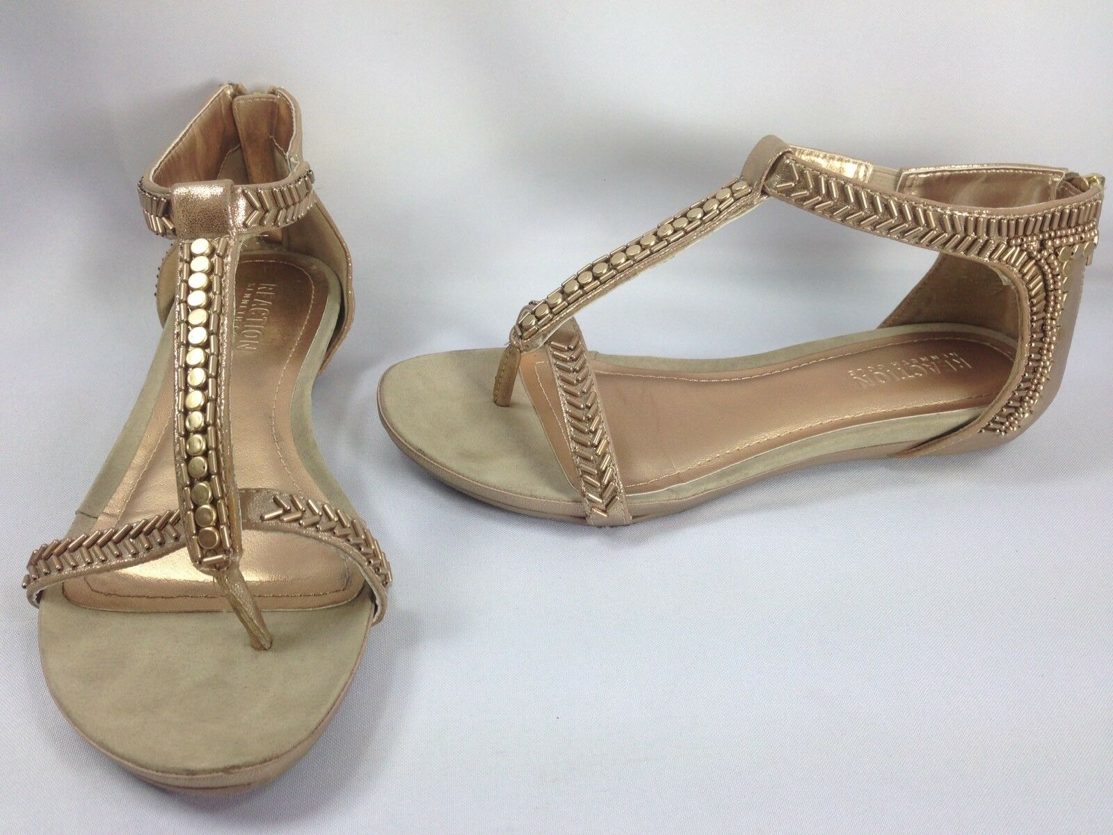 Kenneth Cole Reaction Lost You Flat Women Shoes Gold T-strap Flat You Sandals Sz 6 M a27b68