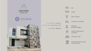 Casa en Residencial Alto Lago con amplio jardín y Roof Garden