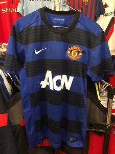 Men-s-Manchester-United-away-football-shirt-size-M-Nike-2011-2012