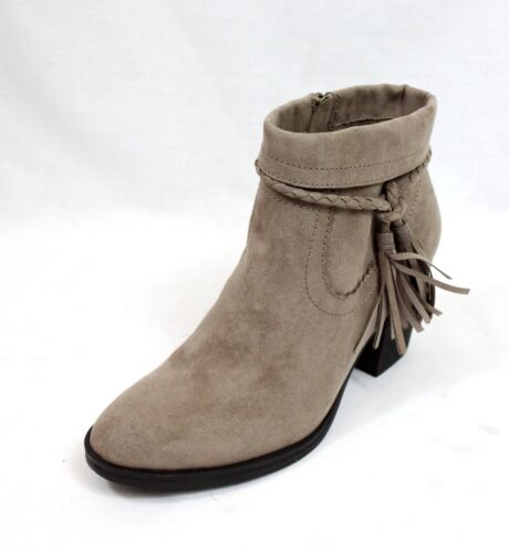 Bamboo Avenge-27 Suede Tassel Chunky Stacked Heeled Almond Toe Western Booties