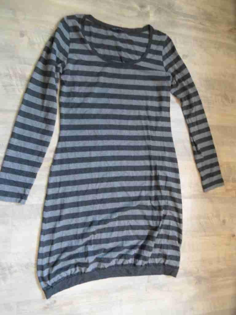 ZEITLOS tolles gestreiftes Kleid Ballonoptik grau schwarz Gr. 2  517