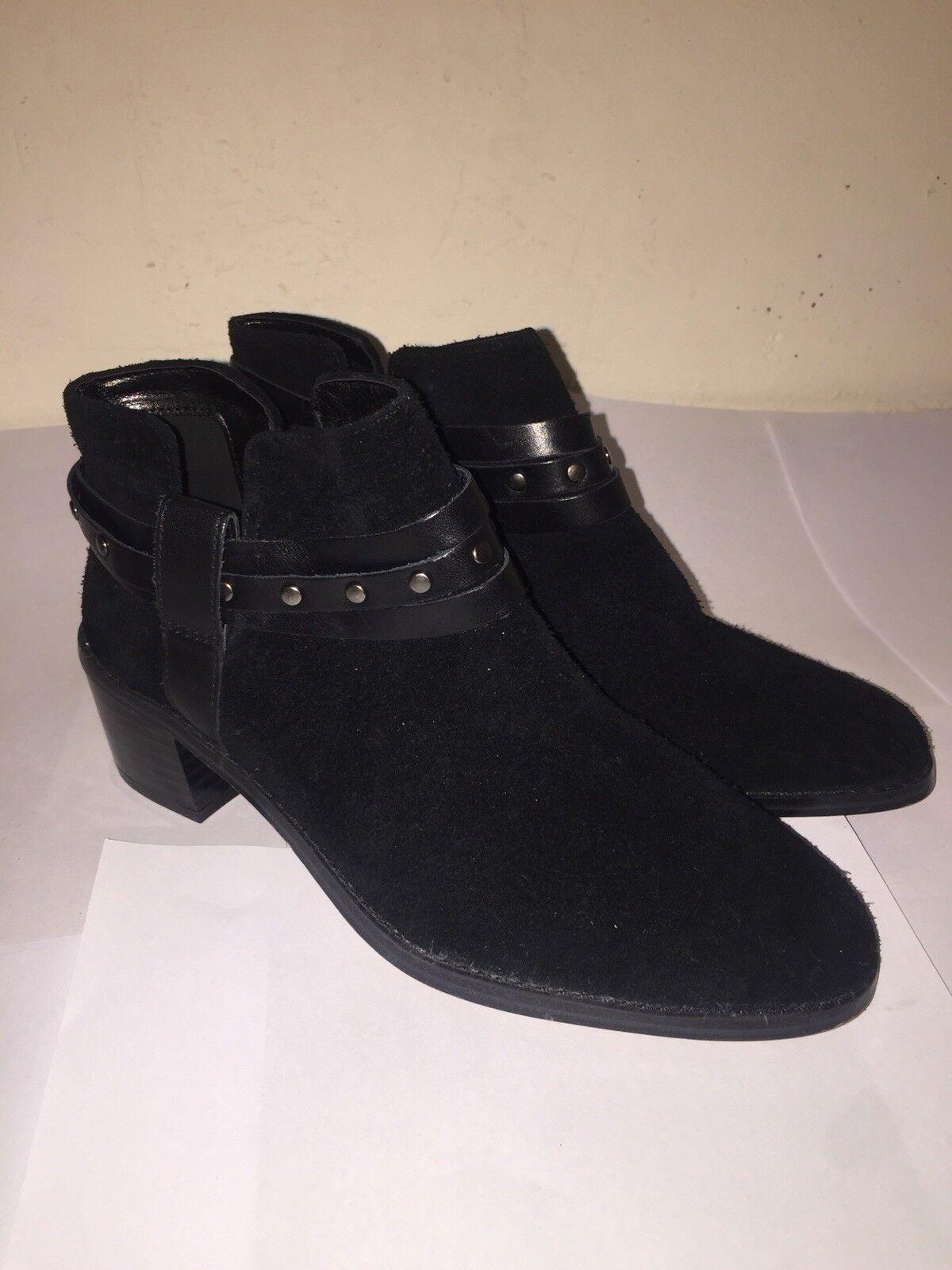 BRECCAN SHINEClark's Women Ladies Black Suede Boots.