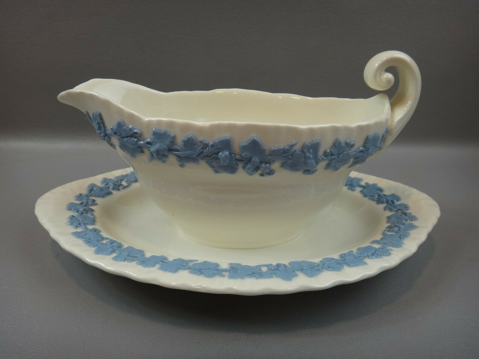 Image 1 - WEDGWOOD QUEENSWARE Shell Edge Lavender on Cream Gravy Boat Attached Under Plate