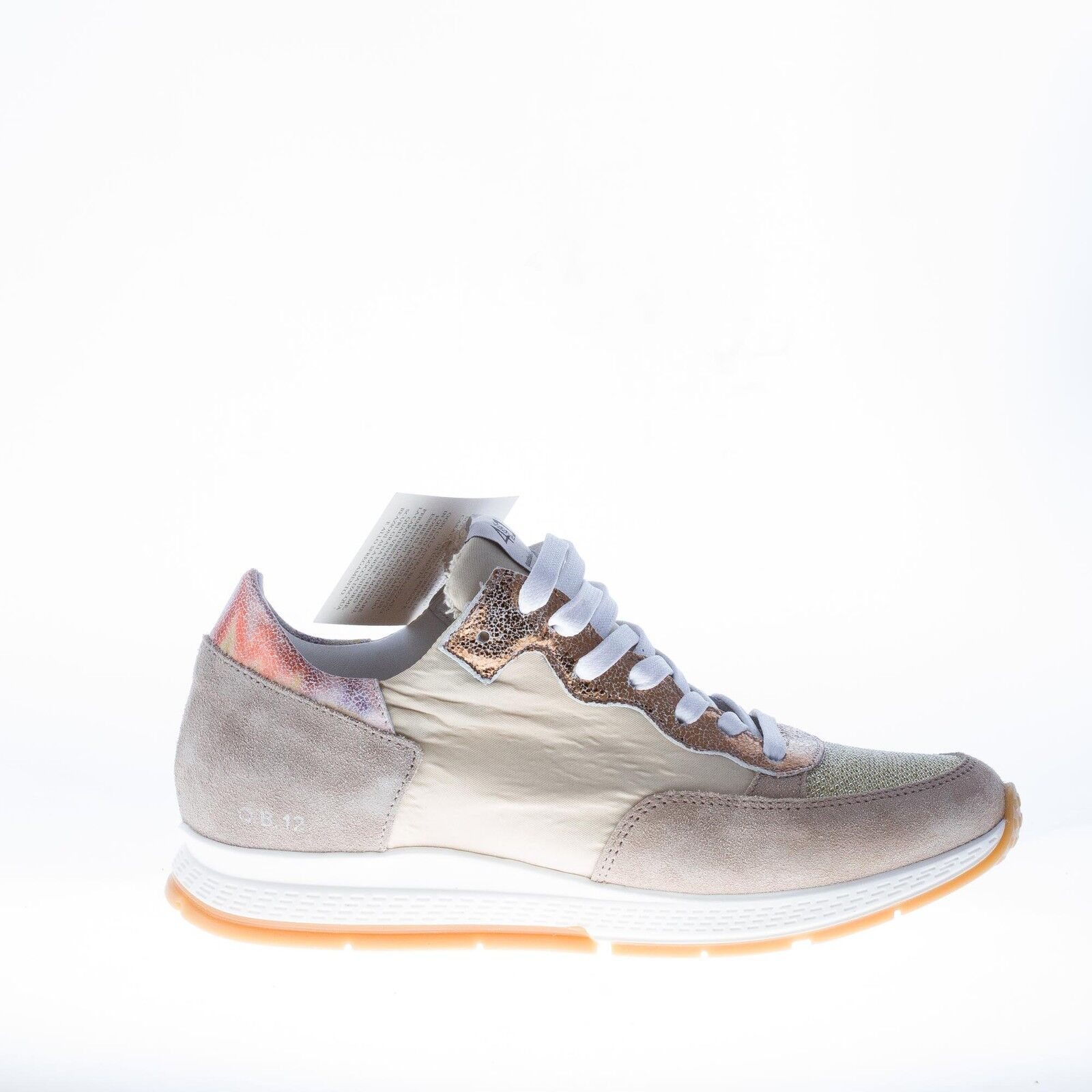 Quattrobarradodici kvinnor skor kvinnor grå mocka and Natural Fabric Trainers