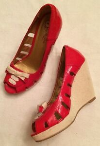 44490131030 Details about Seychelles Wedge Sandals Red Patent Leather 6 Peep Toe