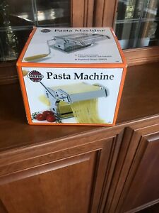 Norpro-Manual-Hand-Crank-Stainless-Steel-Pasta-Machine-Model-1048534-New-in-Box