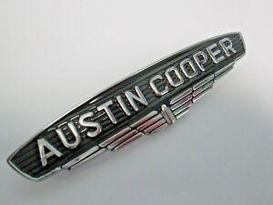 Austin-Cooper-chrome-insigne-Noir-Remplissage-BMC-piece-24A0071