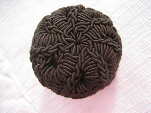 Modern-Large-1-5-16-034-Dark-Brown-Polyester-Crochet-Fabric-Dome-Button-B33