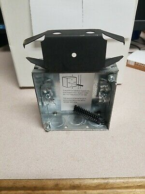 Wood//Metal Stud Bracket Shallow Switch Box Hubbell-Raco 405 1-Inch Deep NMSC clamps