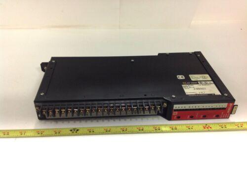 SQUARE D PUTPUT MODULE CLASS 8030  ROM221 SER G