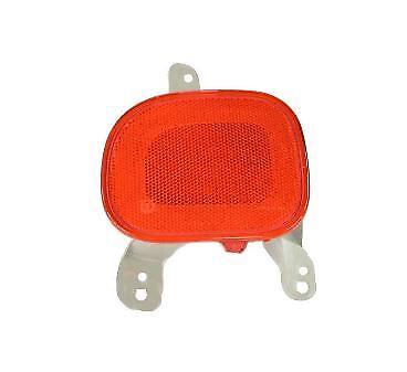 15-18 Jeep Renegade Right Rear Bumper Trim Reflector Light Factory Mopar New Oem
