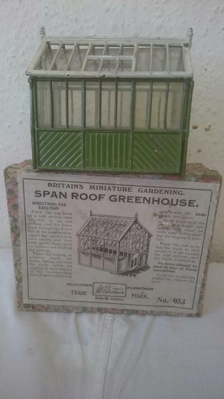 divertiti con uno sconto del 30-50% Britains span TETTO Serra da giardino in miniatura Set Serie Serie Serie 053 1932-9 Scatola Floreale  autorizzazione