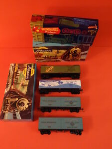 Vintage-ATHEARN-Lot-Of-4-Freight-Cars-Ho-Scale-Excellent-Condition-2