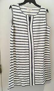 MAX-Studio-White-Gray-Striped-Sleeveless-Keyhole-Tunic-Shirt-Plus-sz-L-NWT