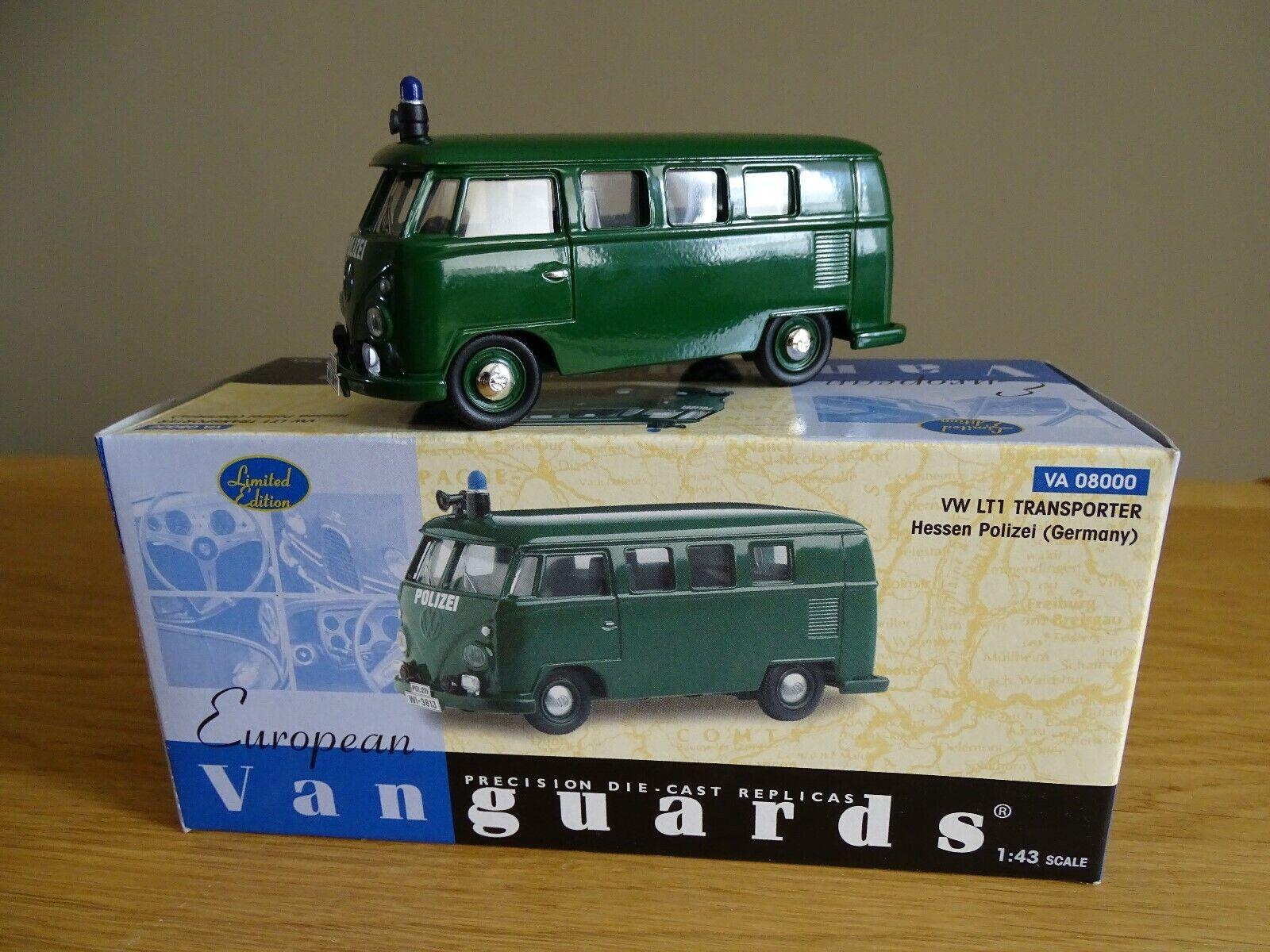 1 43 Vanguards  08000 VW LT1 Transporter Hessen Polizei grün limitiert