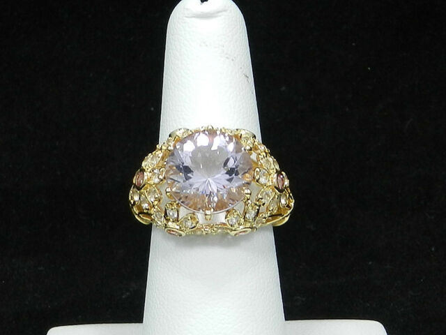 Huge 14K Yellow Gold Rose De France Amethyst Victoria Wieck Ring