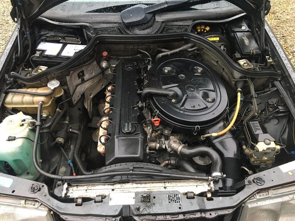 Mercedes 300 CE, 3,0, Benzin