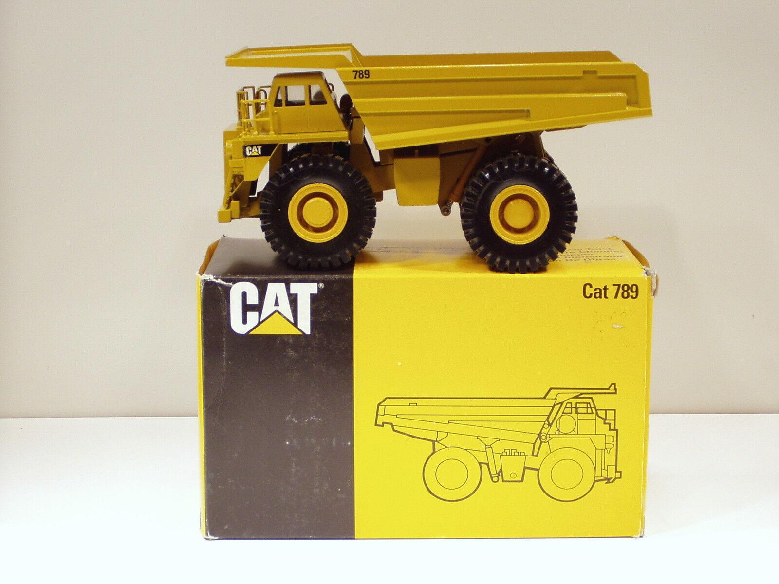 Caterpillar 789 Dump Truck - SN  1292 - -Conrad  2725-Mib