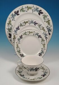 5 pc Place Setting Royal Doulton Fine China BURGUNDY TC 1001 Made in England