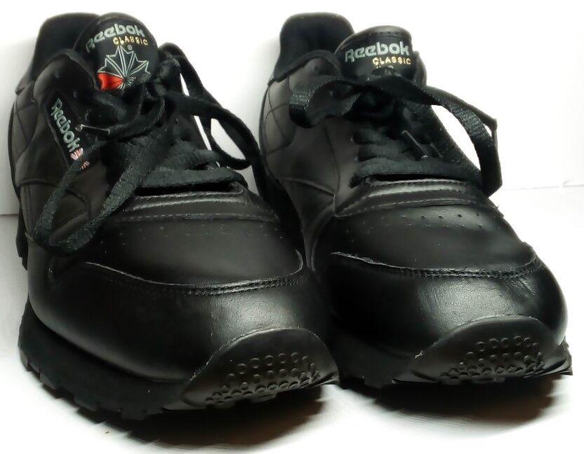 New Reebok black classic Leather  Men's shoes 10 1 2 read