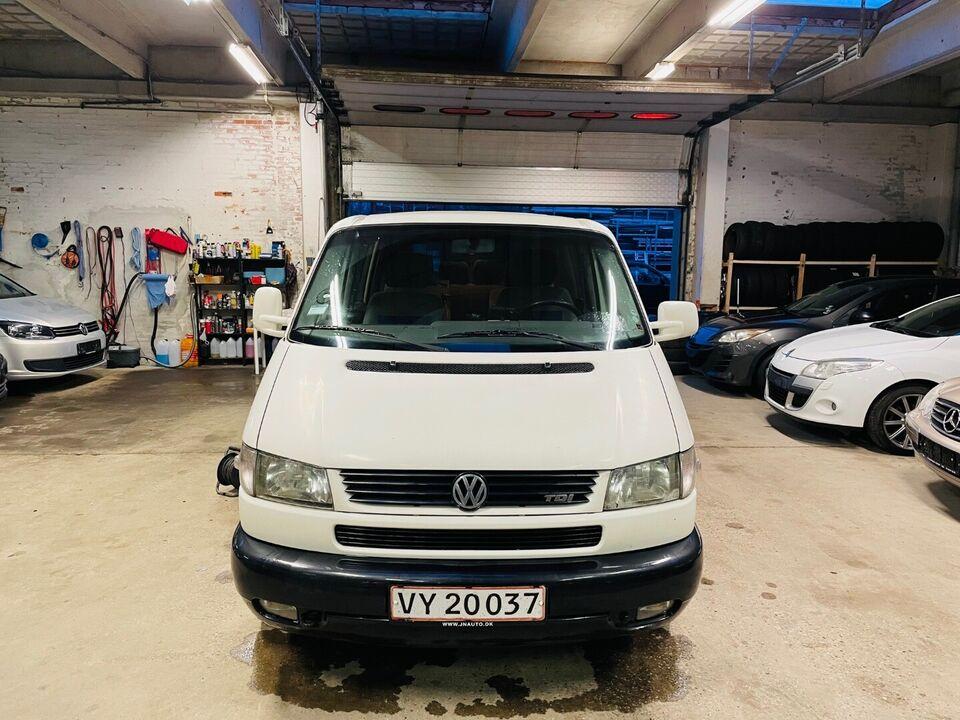 VW Multivan 2,5 TDi 102 Comfort kort 10prs, Diesel, årg.