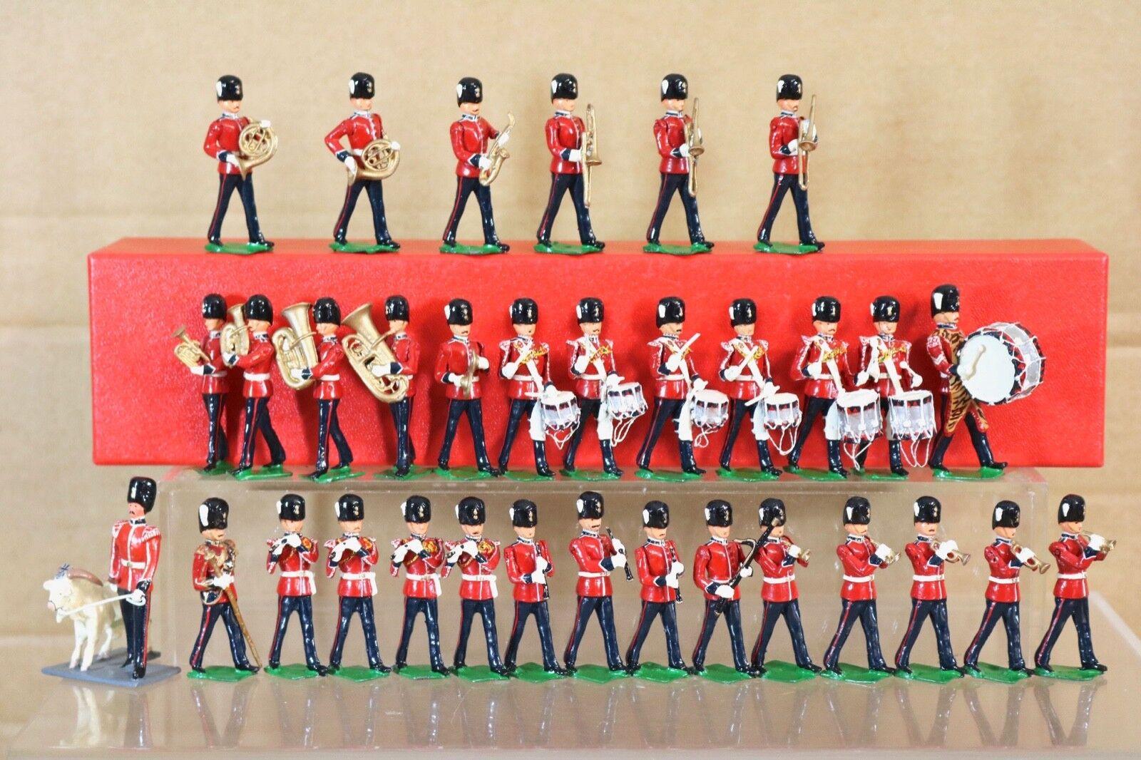 Britains Re Ghisa 33 x Royal Gallese Fucilieri che Marcia Fascia con Mascotte Nq
