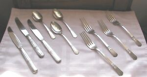COURT-Silverplate-Art-Deco-10-pieces-Knives-Forks-Spoons-by-International