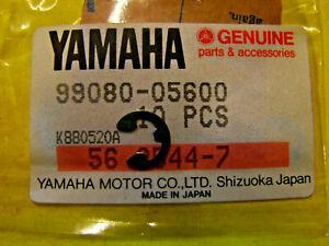 NOS Yamaha Circlip 3B4-2512H-00 NEW OEM ORIGINAL