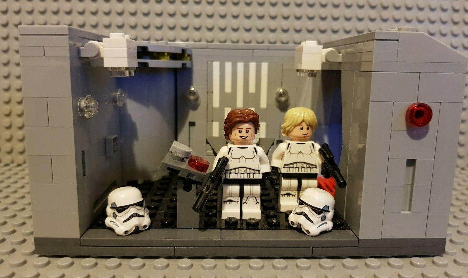 Lego Star Wars Celebration Detention Block Rescue Replica Genuine Lego Parts