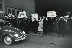 MANIFESTATIONS-CONTRE-AXEL-SPRINGER-HAMBOURG-1967