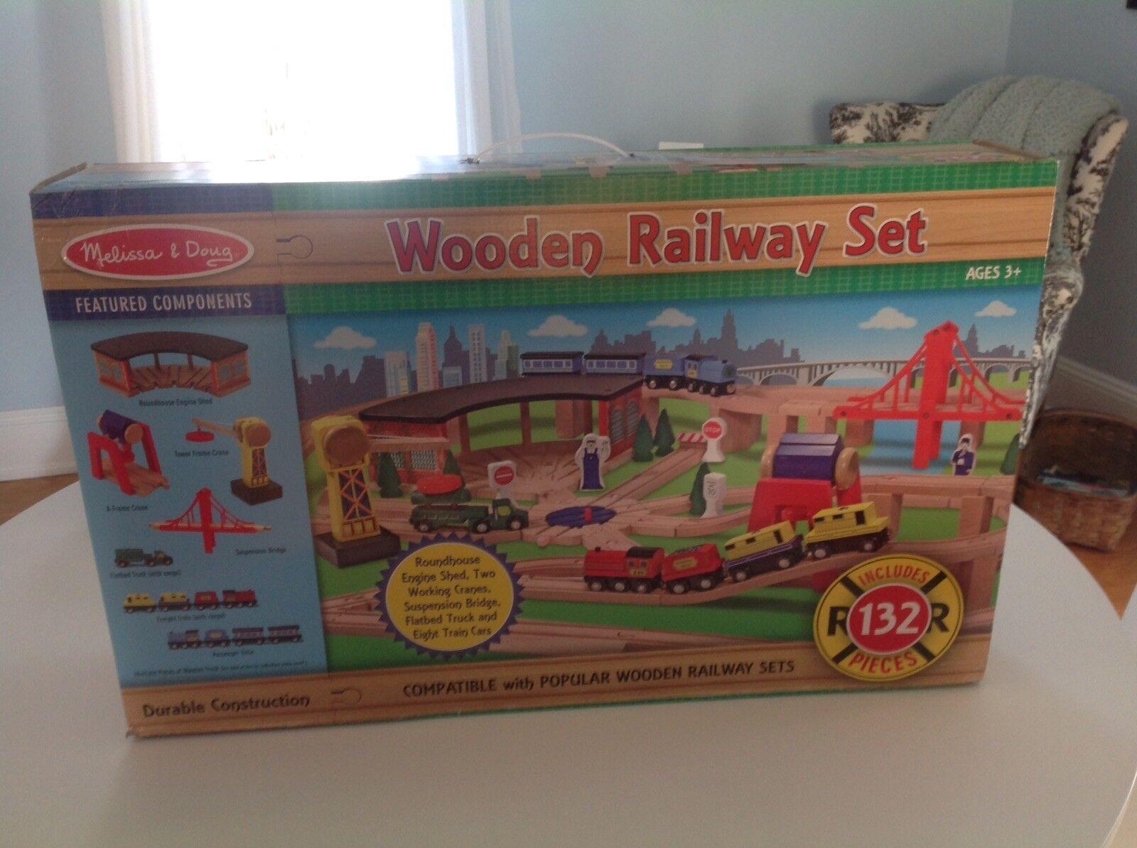 Melissa & Doug Doug Doug Wooden Railway Set 132 Pieces BRAND NEW Roundhouse Crane 74e3db