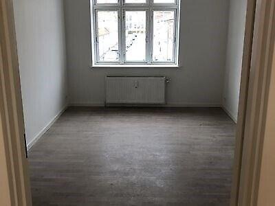 4200 vær. 2 lejlighed, m2 75, Eriksgade