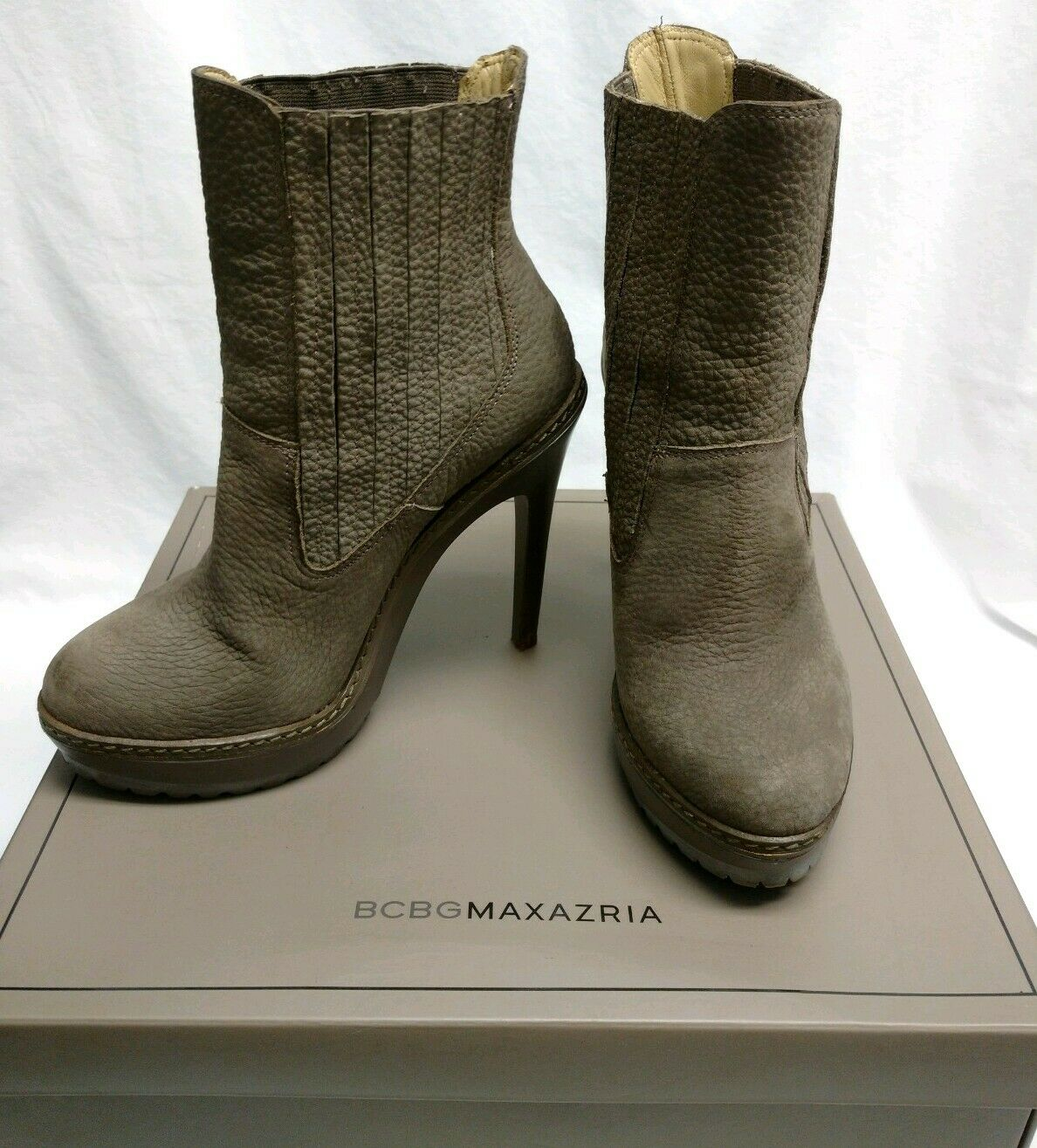 BCBG MAXAZRIA Womens High Heel Boot shoes Virginia Taupe Tumbled Nappa Size 8 M