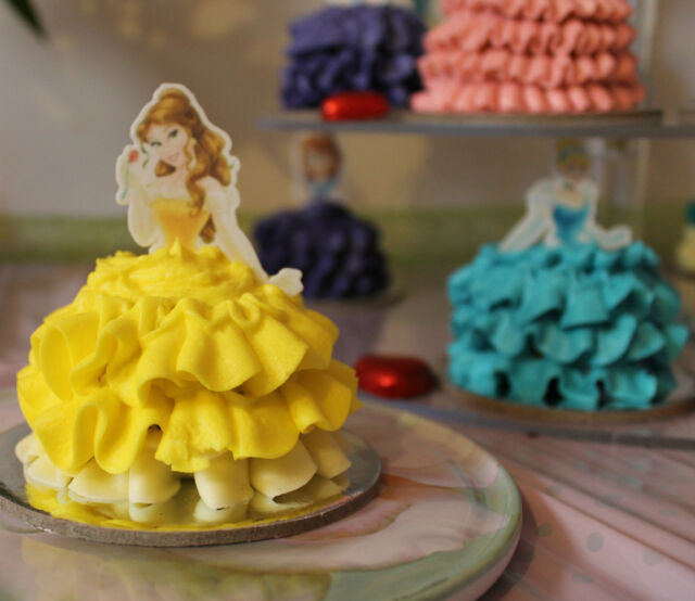 Belle Disney Princess half body EDIBLE wafer cupcake cake toppers STAND UP