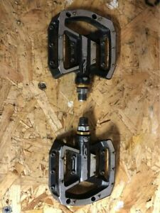 Shimano Saint PD-MX80 Flat Pedals MTB Enduro DH