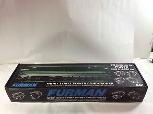 LOT OF 2 Furman M-8X2 Merit Series 15 Amp Power Conditioner /& Surge Protector