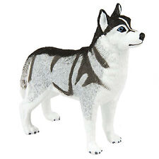 Siberian Husky Dogs Figure Safari Ltd NEW Toys Educational Figurine