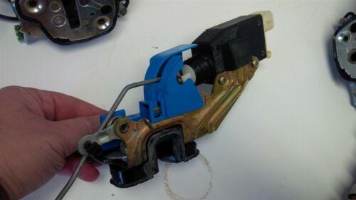 04-06 GTO Power Door Lock Actuator DRIVER SIDE Left with Latch 90493702 92146468