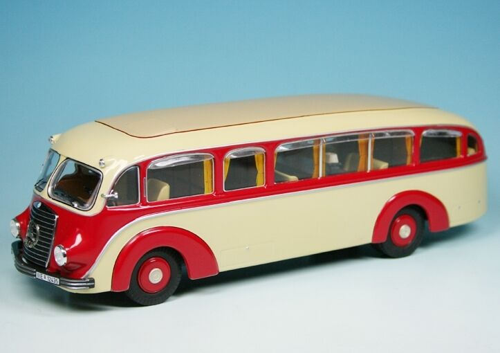 PREMIUM ClassiXXs 1 43 MERCEDES BENZ LO 3500 voyage bus Conference-et