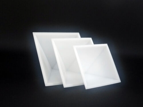 20/% OFF Cheops Pyramid geometry HDPE SELFLUBRICATING plastic Mold Set of 3