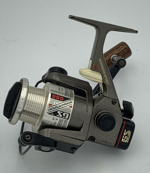 Utiliza  Reel De Pesca Daiwa WHISKER Sport GS600 Hilado Cocheretes Muy Buena  salida para la venta
