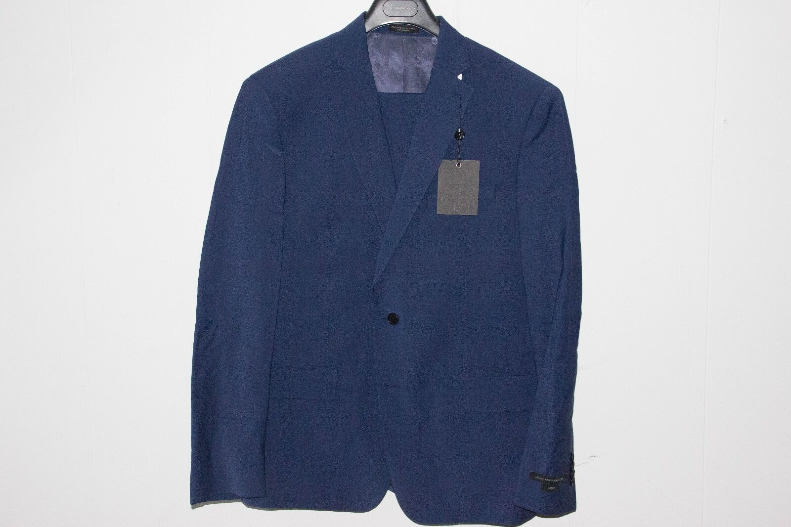 John Varvatos Bright Navy bluee Notched Lapel Wool-Blend Two-Piece Suit 42R