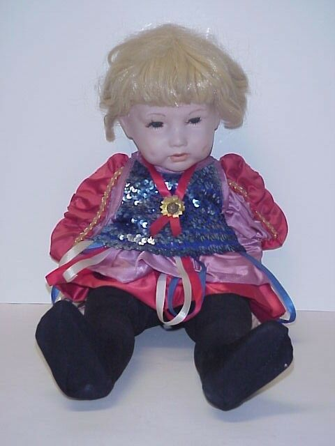SFBJ 251 FRENCH REPRODUCTION TODDLER DOLL 23