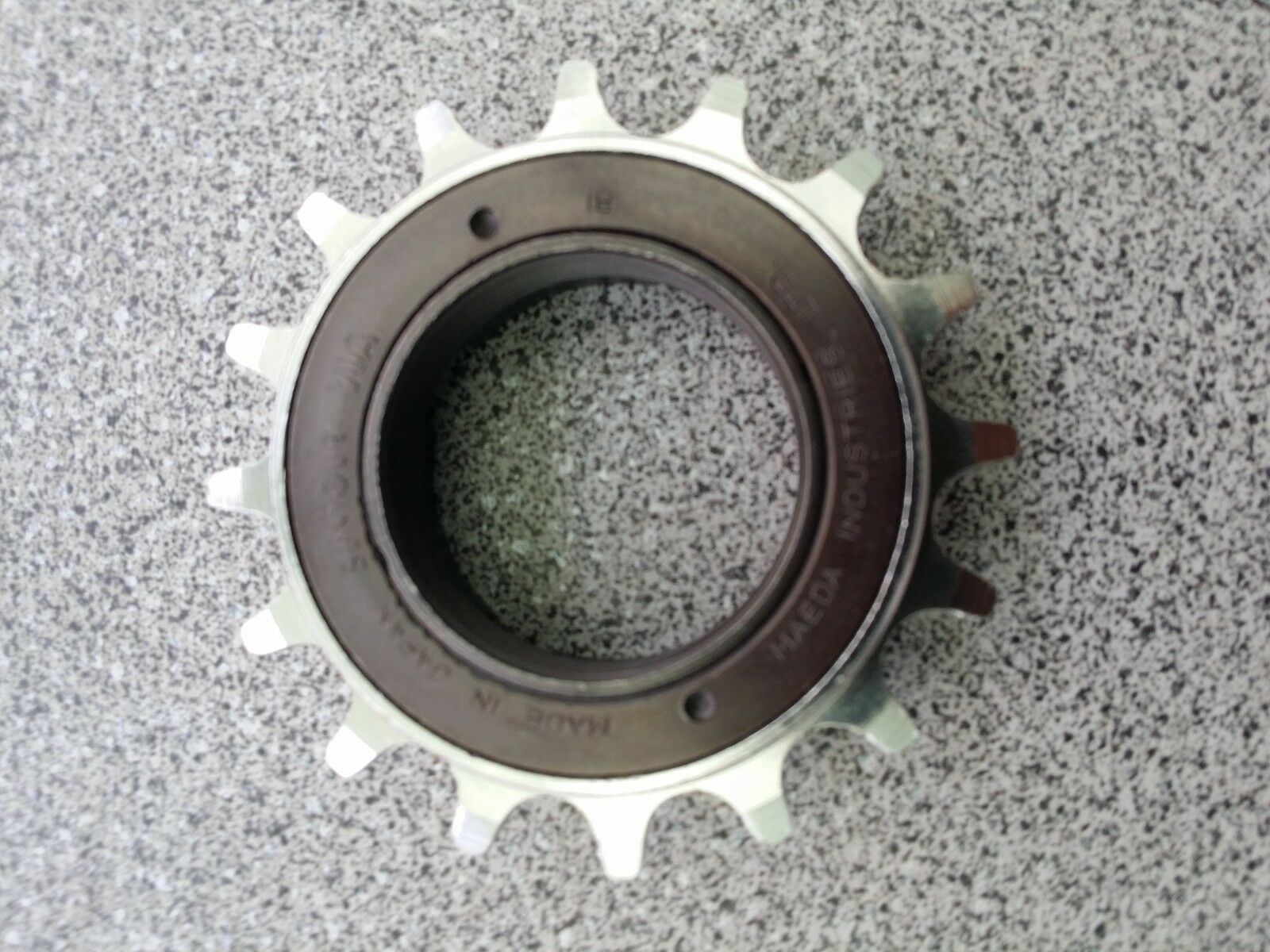 NOS 1985  Suntour MF-3000 BMX 16T (1 8) CR-Moly Freewheel Old School Freestyle  quality first consumers first