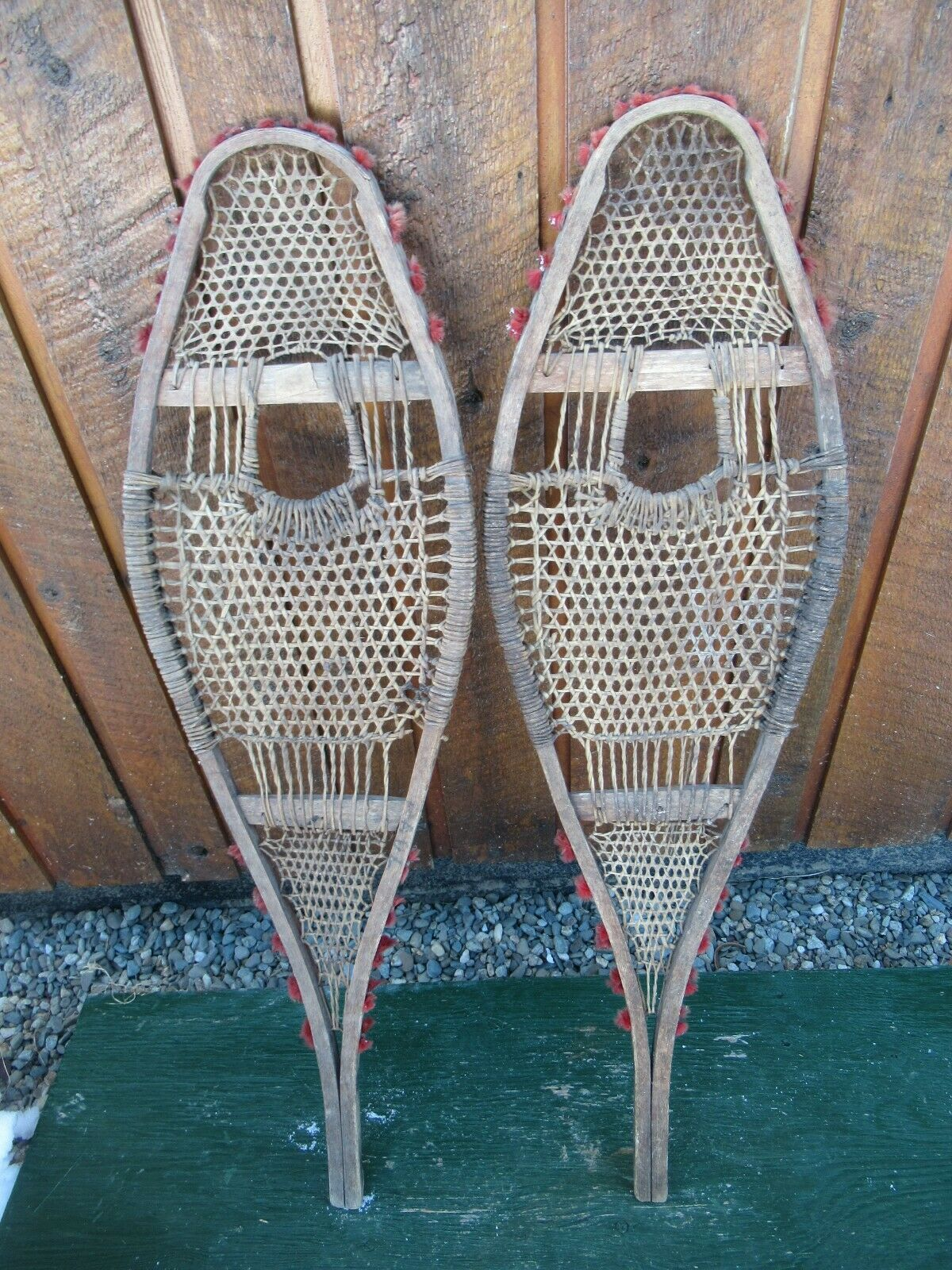 GREAT Snowshoes  34  Long 10  wide BEAUTIFUL VERY OLD HAND MADE  with 60% off discount